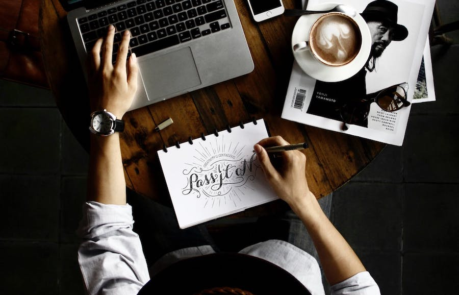 mejor diseñador de logos en fiverr barato 2